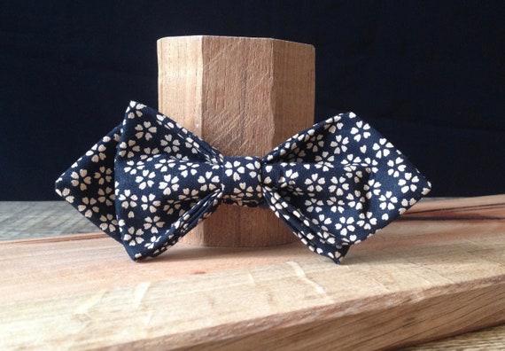 Pointed Bow Tie, Kimono - Fabric, Liberty - Print, Millefleure-Blacktie
