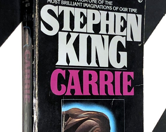 Carrie by Stephen King (1975) softcover book