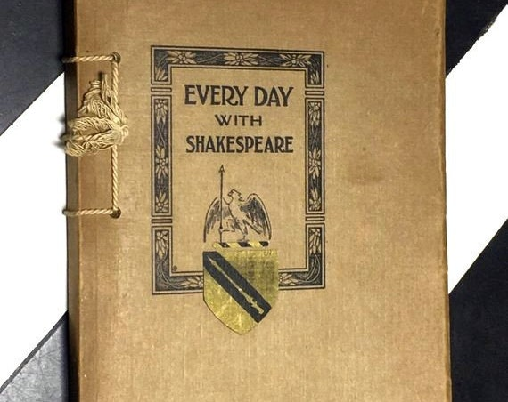Every Day with Shakespeare compiled by Agnes L. Morris (1912) softcover book
