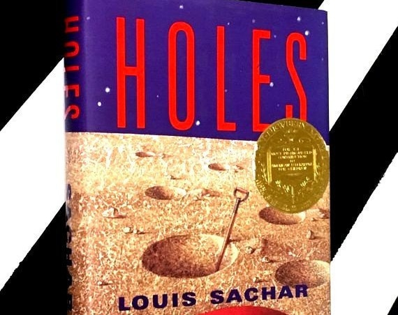Holes by Louis Sachar (1999) hardcover book