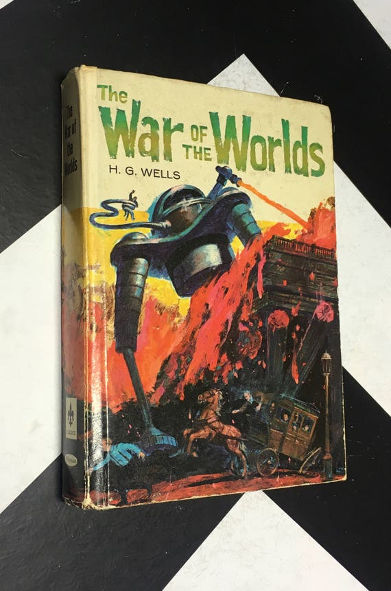The War of the Worlds by H. G. Wells vintage white classic science fiction orson welles (Hardcover, 1964)