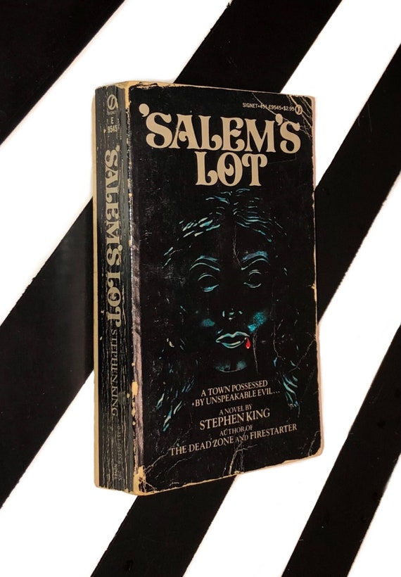 Salem's Lot by Stephen King (1976) softcover book