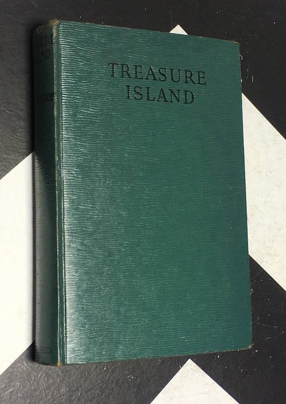 Treasure Island by Robert Louis Stevenson vintage green classic children's fiction novel (Hardcover)