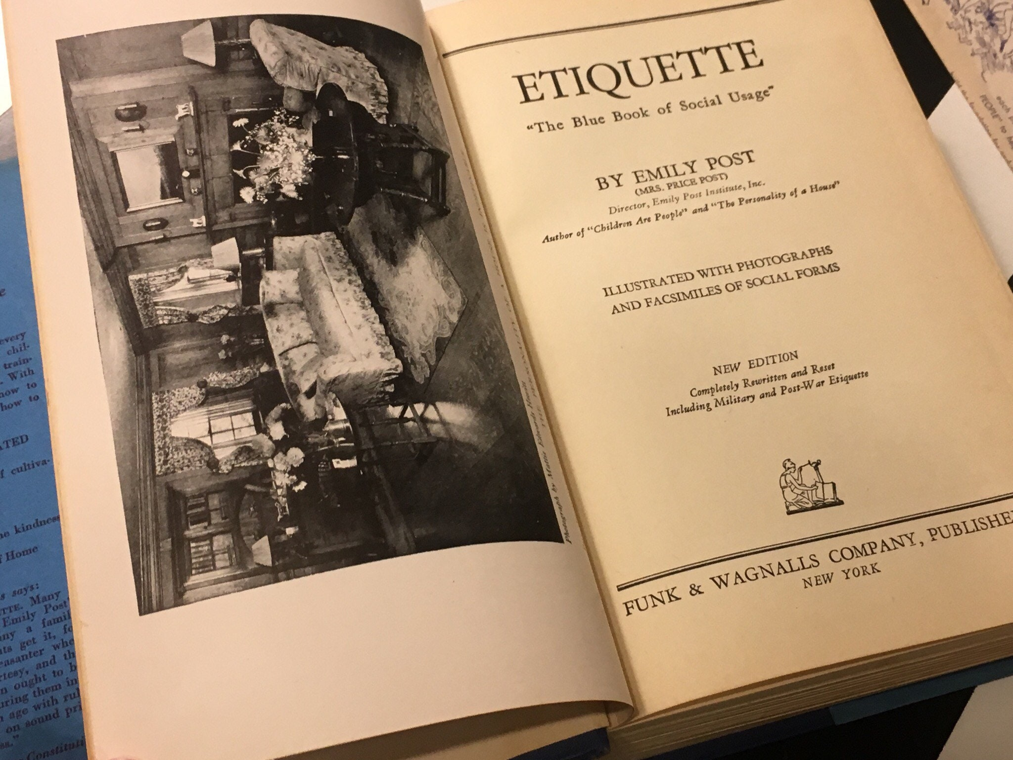 Emily Post Etiquette Book: Emily Post's Etiquette: The Blue Book Of Social Usage