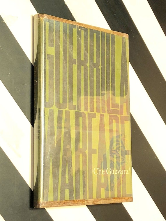 Guerilla Warfare by Che Guevara (1961) first edition book