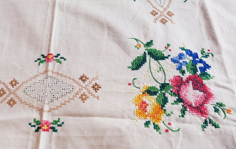 Set Of Beautiful Cotton Vintage Floral Handmade Cross Stitched Roses Embroidered Tablecloth And Framed Embroidered Wall Hanging