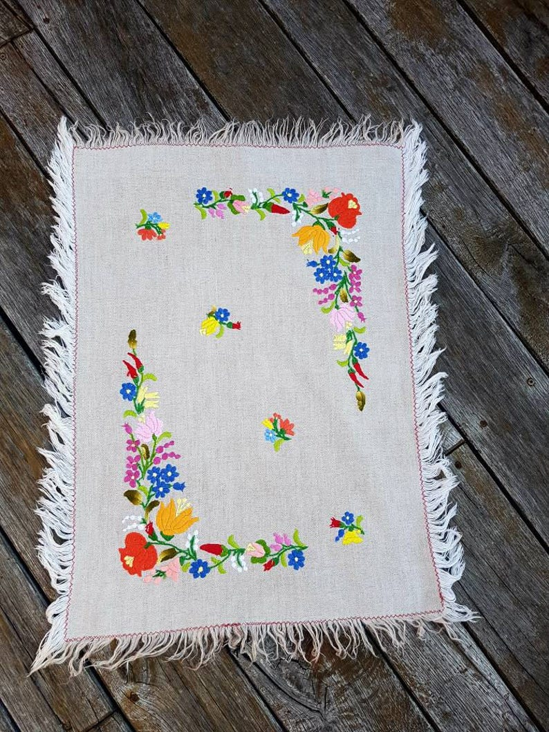 Traditional Kalocsa lovely flowers pattern handembroidery Hungarianembroidery natural linen table runner with colorful flowers