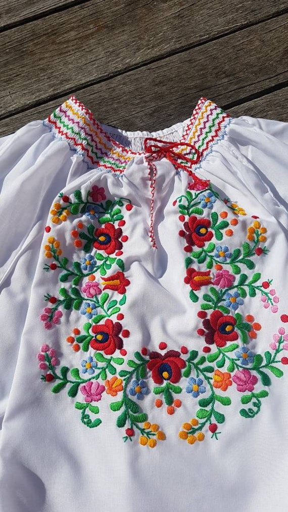 Hungarian  Blouse Floral handembroidered, Peasant