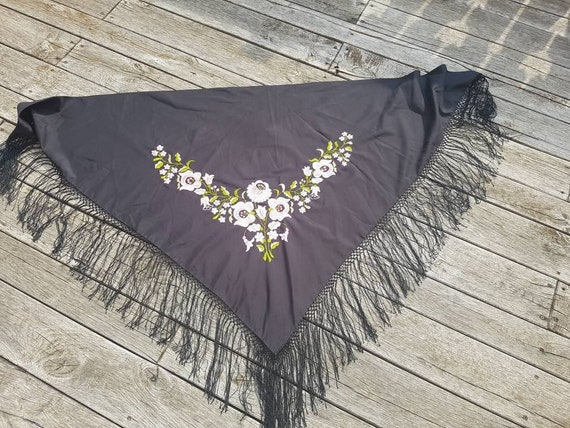 Vintage Shawl Hungarian Hand Embroidered, White Fl