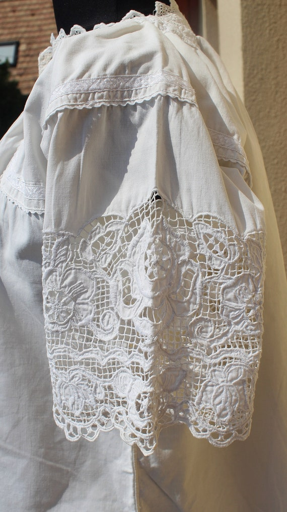 Antique Amazing hand embroidered white Hungarian … - image 4