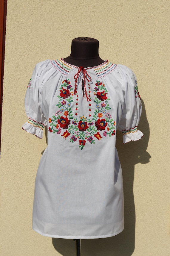 Hungarian Blouse Floral handembroidered, Peasant b