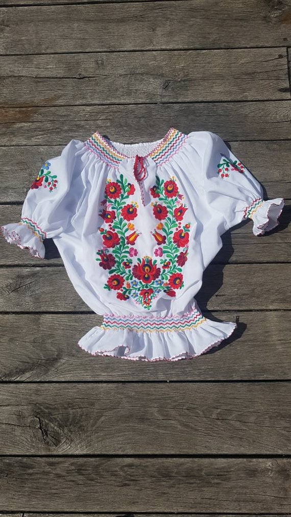 Hungarian traditional Blouse Floral handembroidere