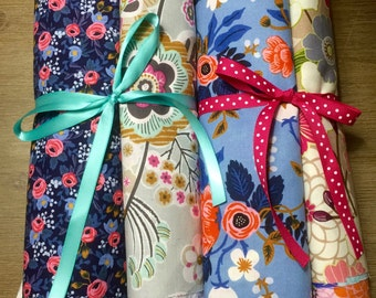 Beautiful Floral Fabric Scrap Pack, 40 Pieces of 100% Cotton Fabrics/Quilting Cotton   Weave and Woven