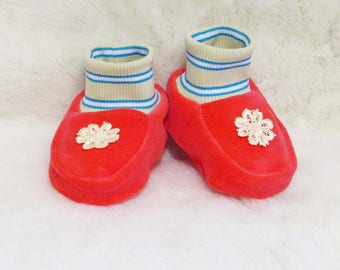 Booties for newborn, crib warm booties,warm baby shoes, clothing shoes for baby girl and boys,toddler boots,baby boots,Fleece Booties.