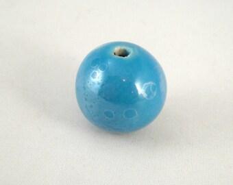 Round ceramic bead 18 mm : blue