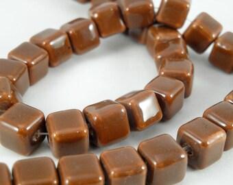 10 cubic ceramics beads 10-11 mm : chestnut