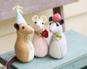 PDF Pattern - 'Pickle Mouse' - Felt Mice Softies  - Instant Digital Download - Plush Children's Toy