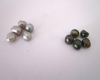 Set of 5 grey freshwater pearls