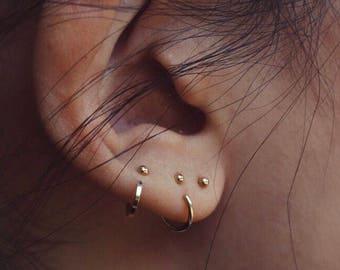 dot claw hoop   hug hoop   sleeper earring   sterling silver   14k gold