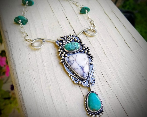 Adrianna Necklace, White Buffalo & Kingman Turquoise