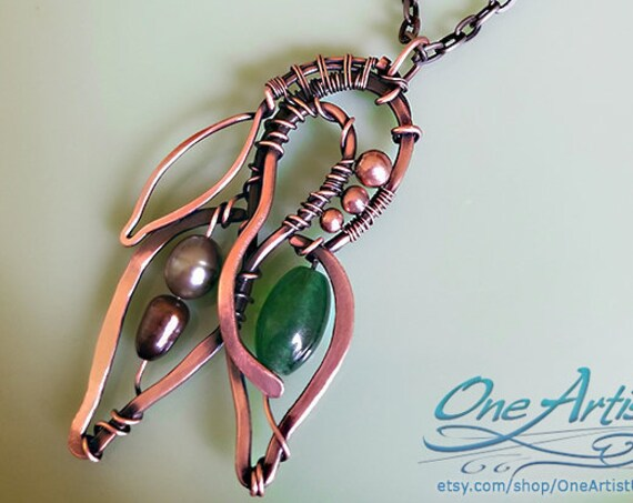 Deco Leaves Necklace, Green agate, Freshwater pearls, copper wire weave, handmade