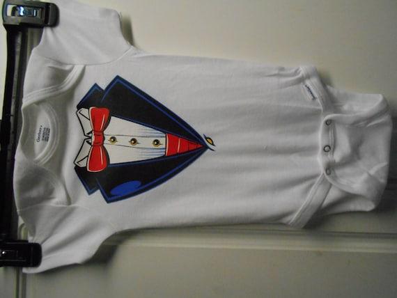 Black Tuxedo With Red Cumberbund /& Bow Tie infant sz 18 mos one pc sui bodysuit
