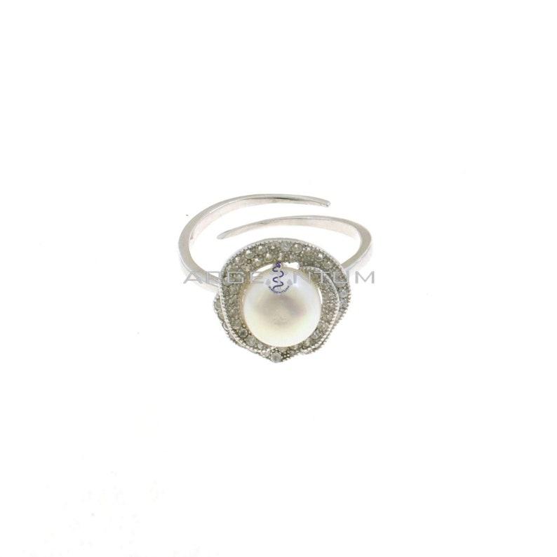 Anello regolabile con rosa centrale zirconata bianca con perla centrale placcato oro bianco in argento 925\u2030