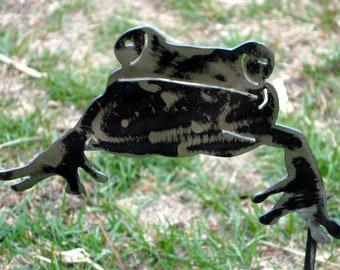 Frog, 1/2 Frog, Metal Garden Sculpture, Amphibian, Metal Frog Yard Art, Metal Frog Planter, Outdoor Art, Frog Collectors, Gift for Him, Yard