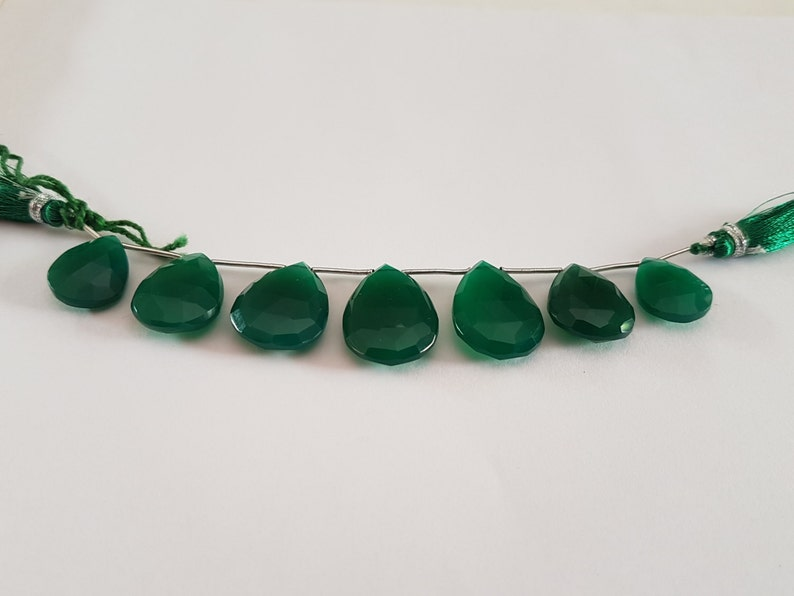 7 Pieces of Green ONEX PEARS FACETTED 4 Length 16x12mm-20x15mm size