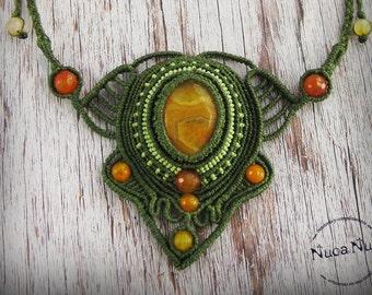 Ethnic macrame necklace, orange agate necklace, green necklace, hippie boho necklace, stone necklace, jewelry agate stone spring summer.