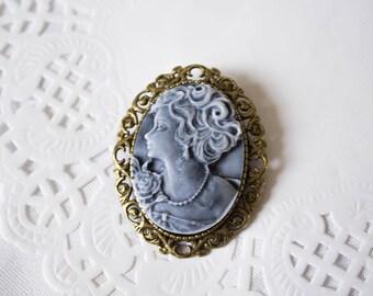 Gray cameo brooch Brooch cameo bronze Brooch gray girl White gray cameo Cameo brooch collar Brooch cameo collar Dusky grey brooch Floral