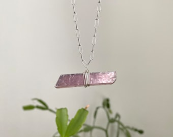 Crystal Jewelry Crystal Necklace Calming Lepidolite Necklace Ethically Sourced Ethical Crystal Women/'s Lepidolite