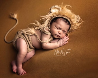 Newborn Knit Lion Costume: Baby Lion Hat with Ears, Knitted Diaper Cover with Lion Tail; Knitted Baby Clothes, Photo Booth Props 'Lambert'