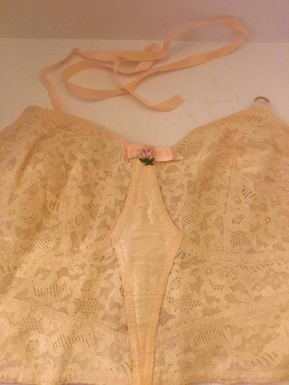 1930s or 40s cotton lace bra