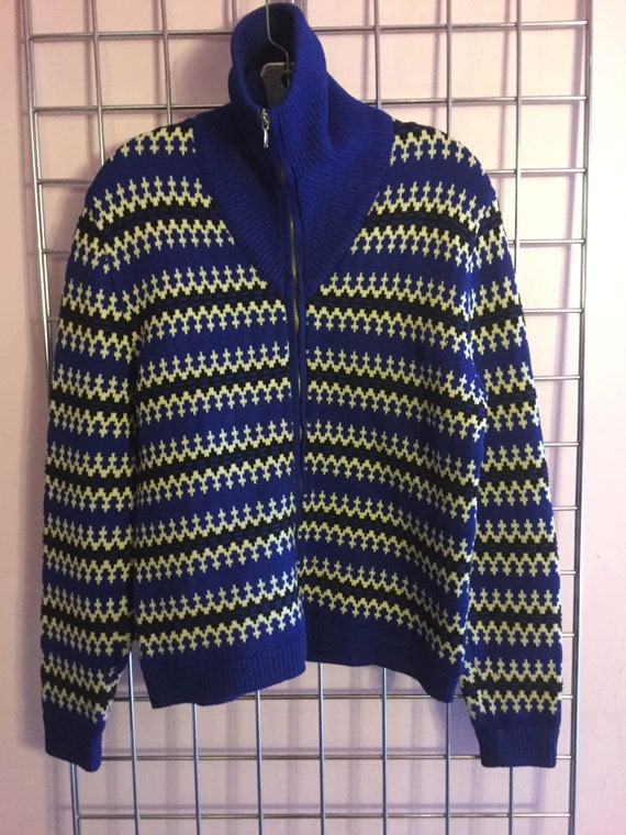 SALE ! Austrian wool ski sweater, zip neck, rich c