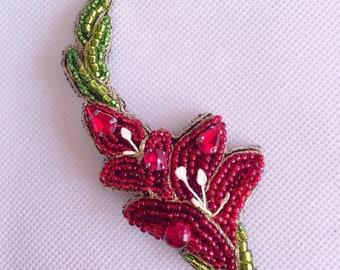 Floral beaded brooch - red gladiolus
