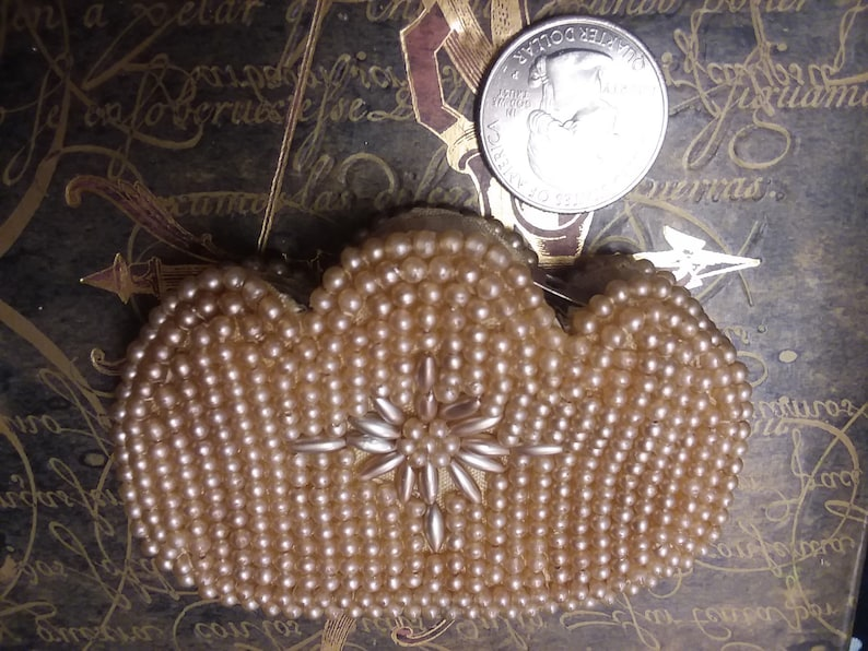 Beaded Pearl Coin Purse