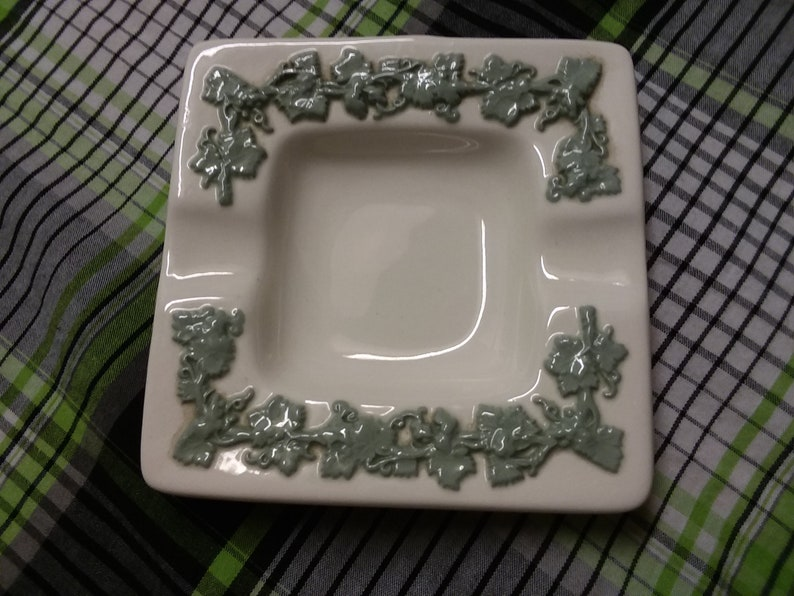 Wedgwood Square Queensware Green on Ivory Ashtray