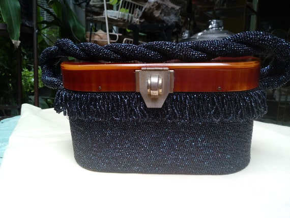 1930's Flapper Beaded Purse with Bakelite Handle - image 2