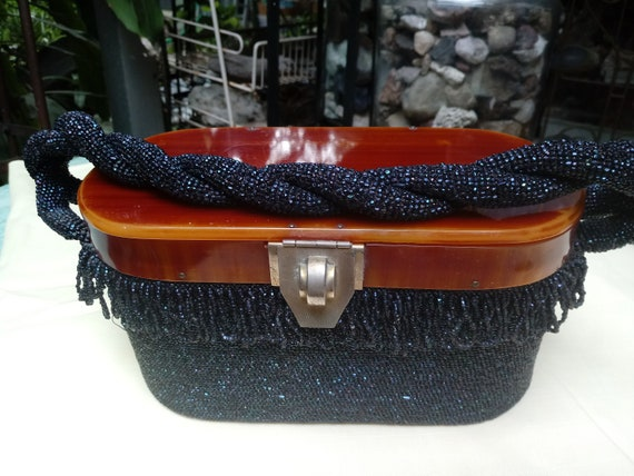 1930's Flapper Beaded Purse with Bakelite Handle - image 1