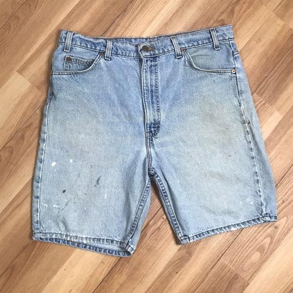 Vintage 90s Levis 505 Denim Shorts | Mens 36 Dist… - image 1