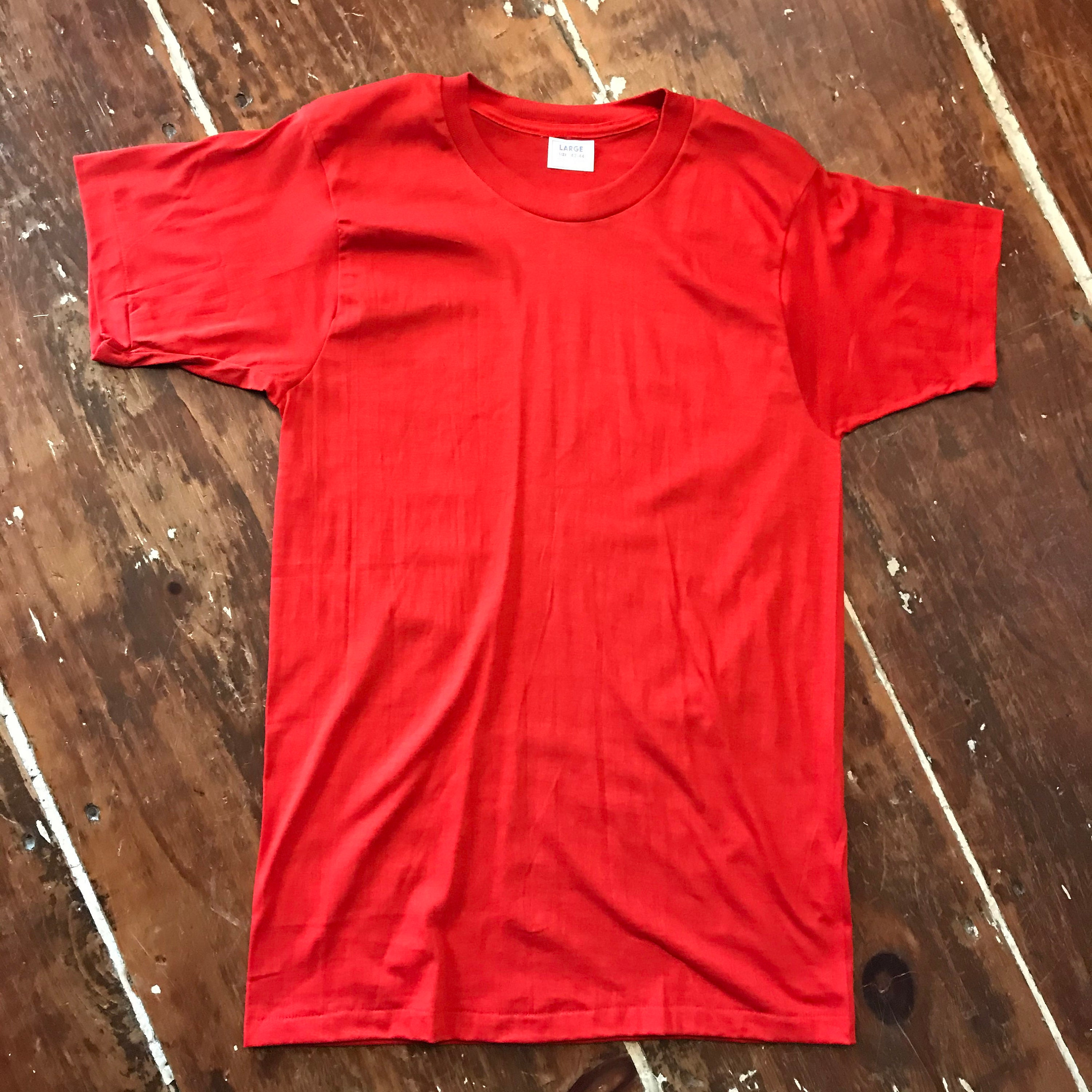 1970s Mens Shirt Styles – Vintage 70s Shirts for Guys Vintage 70S Fruit Of The Loom Nos T-Shirt Mens Small Red 50-50 Crew Neck $22.00 AT vintagedancer.com