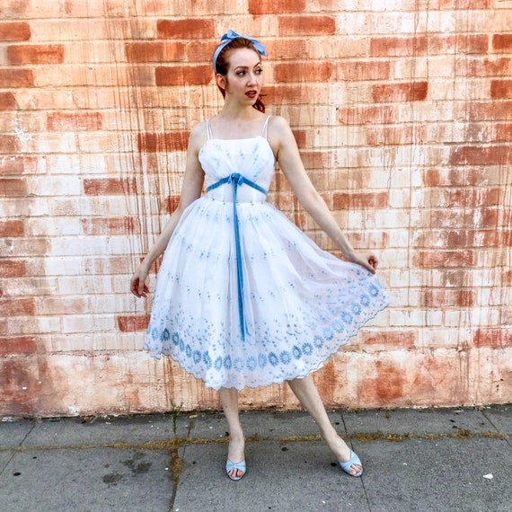 1950's White and Blue Prom Dress - image 4