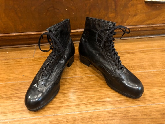 1930's Black Lace Up Ankle Boots