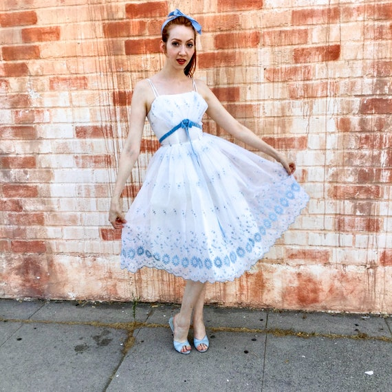 1950's White and Blue Prom Dress - image 3