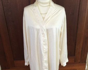 M/L SILK / Victoria's Secret/ Robe/Ivory/Medium/Large
