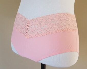 1834eec56310 Panties Pink Hipster Panty with Lace Stretch Waist Maidenform Medium Vintage  Lingerie
