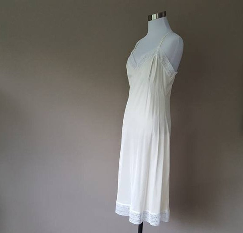 Full Slip Medium Off-White with White Lace Extender Lace Hem Vintage Lingerie