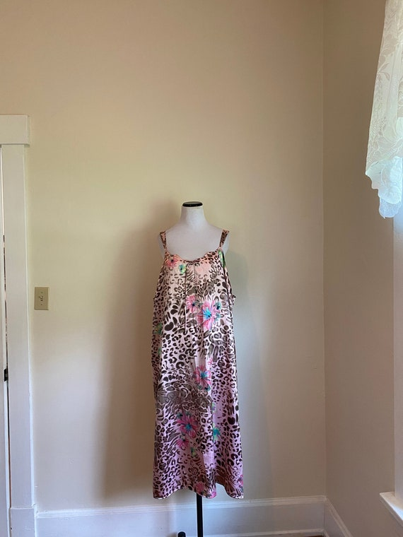 Size 22/24 Nightgown Leopard and Floral Print Caci