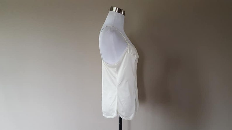 Camisole Size 36 Vanity Fair Medium White Nylon Lace Trimmed Vintage Lingerie ..